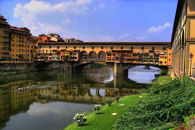 Florence Wonders morning Walking Tour with Uffizi and Accademia skip-the-line