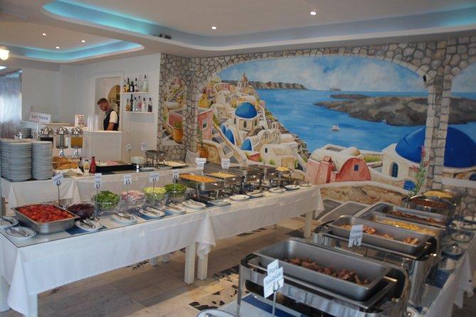 Traditional Greek Night live Music & Dinner Show in Santorini
