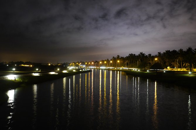 Salalah by night private tour - charming evening in the garden city photo 2