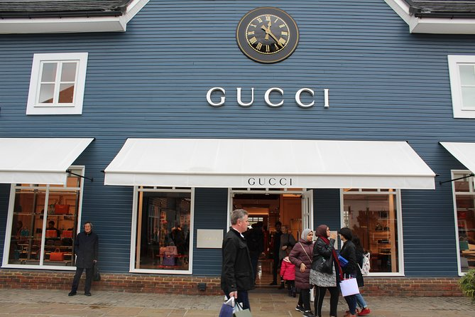 Round Trip shopping transfer from London to Oxford Bicester Village
