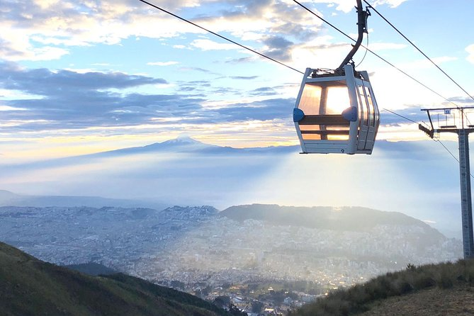 Full Quito City Tour including Middle of the World and Teleferico Cable Car photo 11