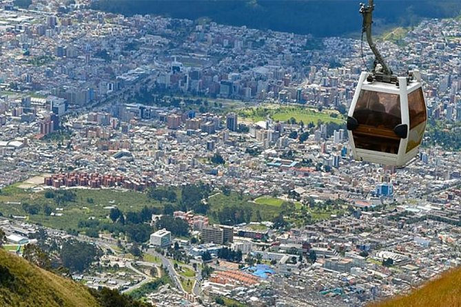 Full Quito City Tour including Middle of the World and Teleferico Cable Car photo 9