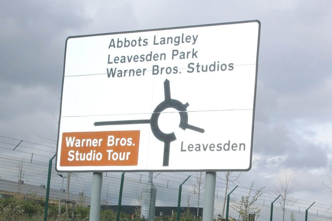 Private Round-Trip Transfer: Central London to Harry Potter Warner Bros Studio in Leavesden