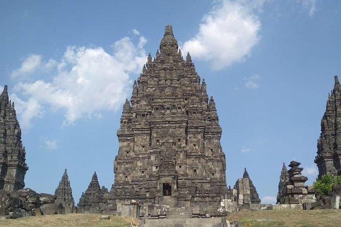 Yogyakarta Private Tour: Amazing Borobudur & Prambanan Temple
