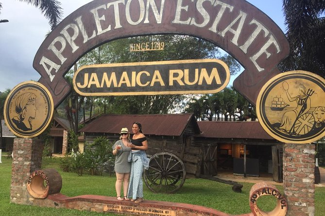 Appleton Estate & Pelican Bar Private and Customized Tour