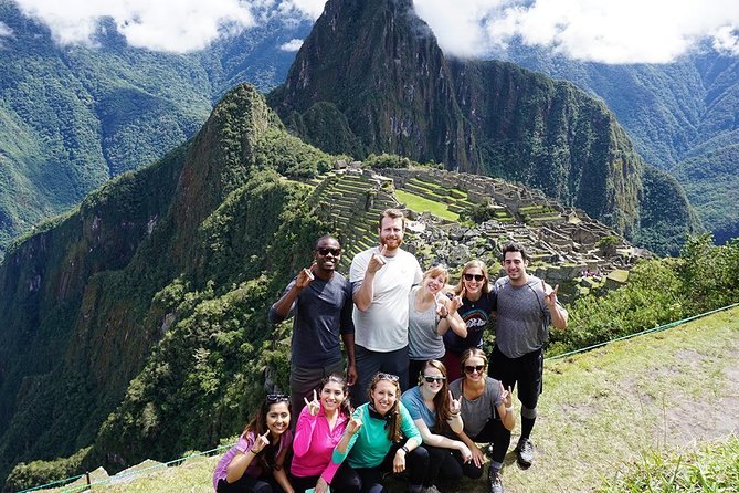Sacred Valley Tour to Machu Picchu from Cusco 2-Day