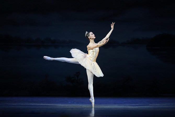 Skip the Line: St. Petersburg: Russian Ballet at the Mariinsky Theatre Ticket