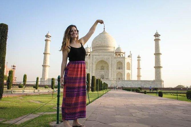 Taj Mahal & Agra City Tour from Delhi by Fastest Train in India