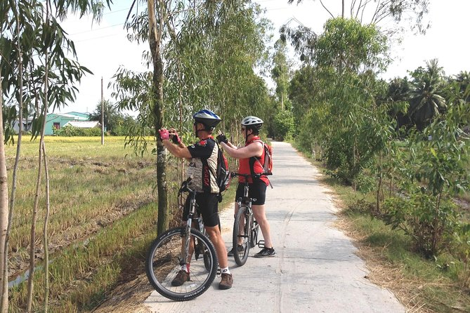 Biking- 2d,1n Mekong Delta Tour:( Sai Gon- Ben Tre- Cai Be- Sai Gon)