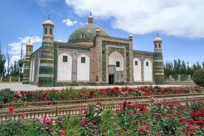 2-Day Unlimited Culture Tour to Turpan and Kashgar from Urumqi by Air