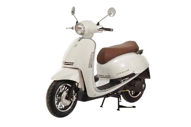 RentScooter, 50 CC Scooter, 150 CC moped, E-bike, Georgia, Tbilisi