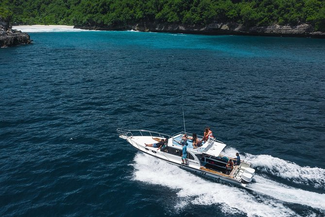 Explore Nusa Penida by speedboat and car photo 17