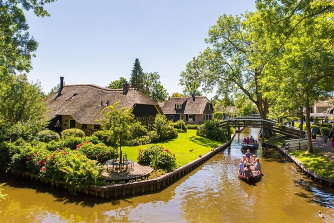 Giethoorn & Enclosing Dike Full-Day Tour from Amsterdam photo 4