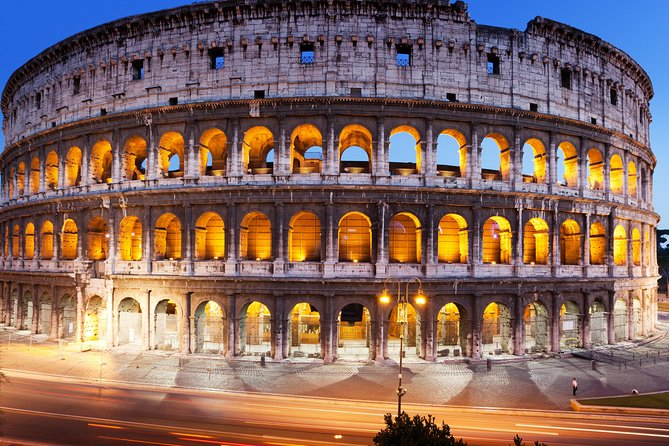 German Guided tour in Colosseum and Palatine Hill with access to Roman Forum