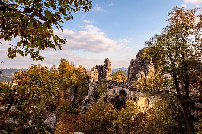 **Als beste beoordeeld** Dagtrip vanuit Praag naar Nationaal Park Boheems en Saksisch Zwitserland