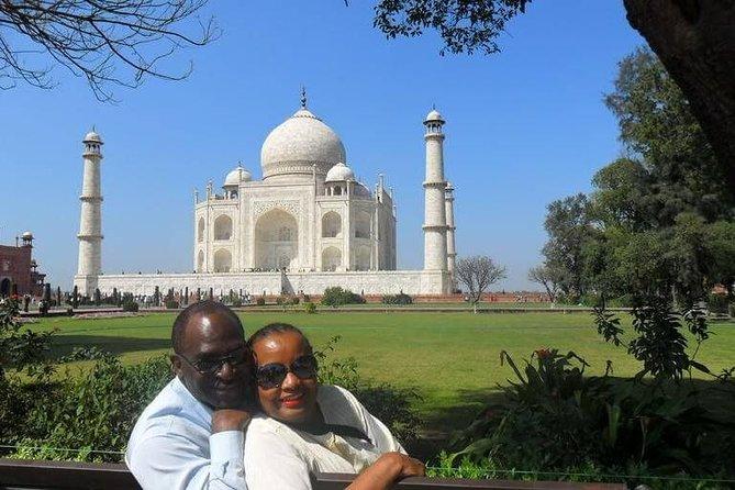 Taj Mahal & Agra Sightseeing Tour from Jaipur