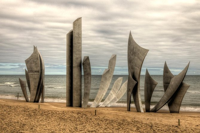 Day Trip to Normandy Beaches and WWII Memorials from Paris