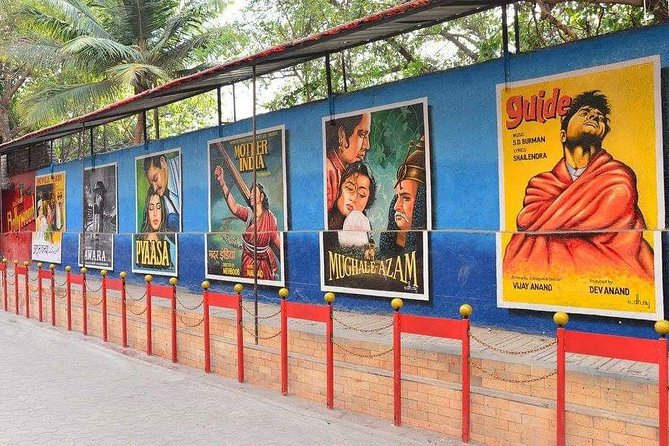 Experience Half-Day Bollywood Tour with Meal