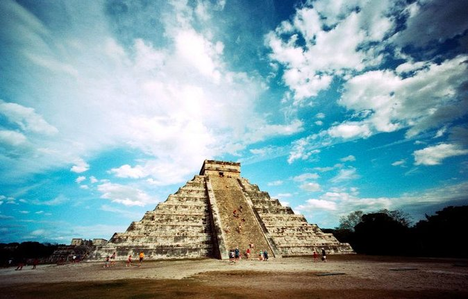 Day Trip to Chichen Itza and Valladolid from Cancun with Cenote Swim and Lunch