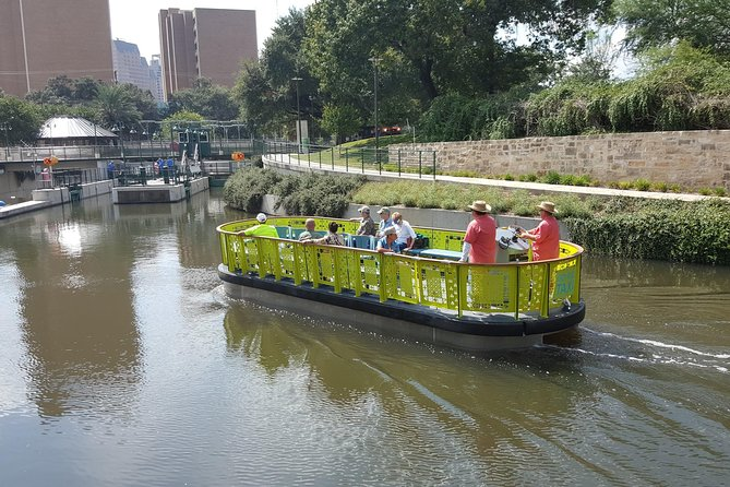 San Antonio River Walk Cruise, Hop-On Hop-Off Bus Tour and Tower of the Americas photo 14