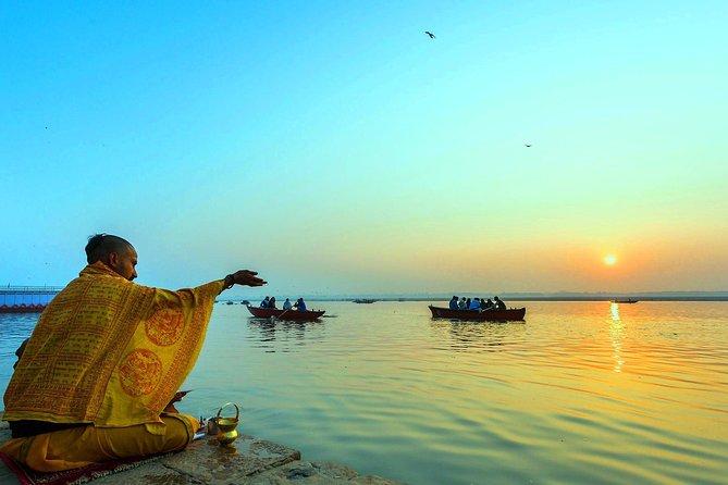 7-Days tour of Agra-Orcha-Khajuraho with Varanasi from Delhi