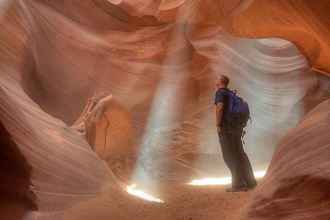 Antelope Canyon & Horseshoe Bend Expedition from Las Vegas