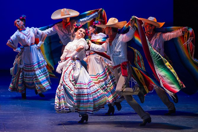 Small Group: Discover the Folkloric Ballet of Mexico