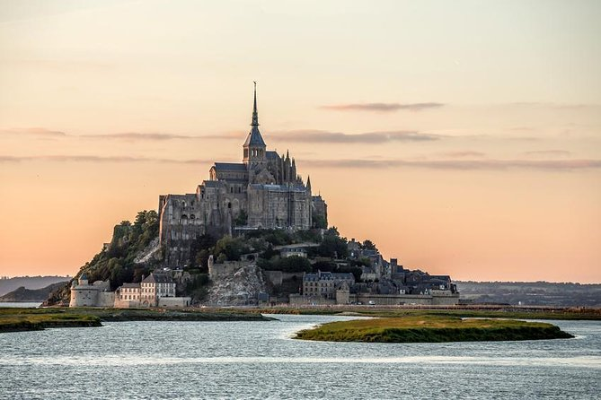 Mont Saint Michel and Honfleur Small Group Day Trip from Paris