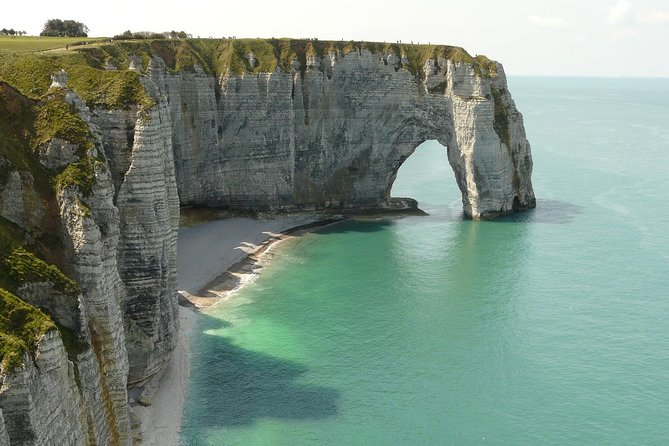 Etretat and Le Havre Small Group Day Trip from Paris