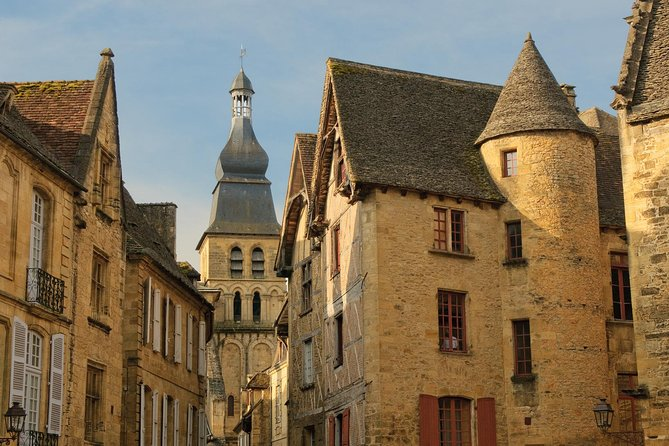 Sarlat Gourmet Tour and Market Visit photo 6