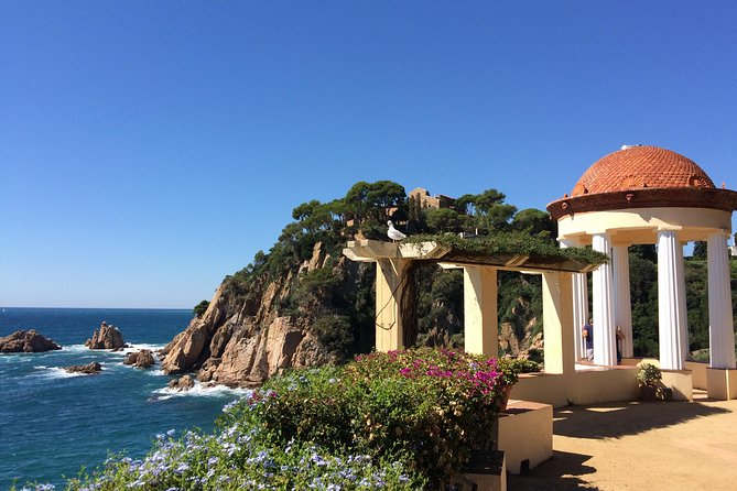 Costa Brava SMALL GROUP Tour from Barcelona with Traditional Lunch
