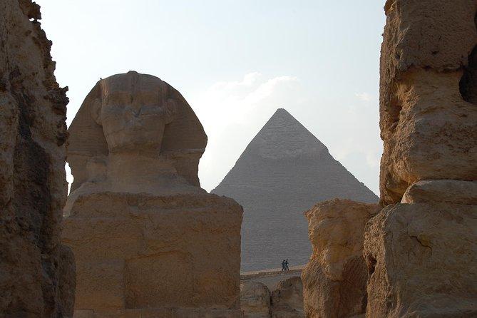 Giza Pyramids and Sphinx Tour