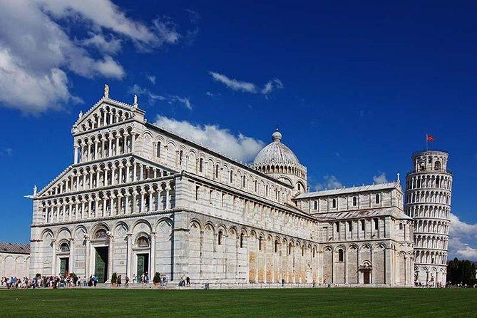 Livorno Shore Excursion: Pisa, Lucca and wine experience Private Day Trip