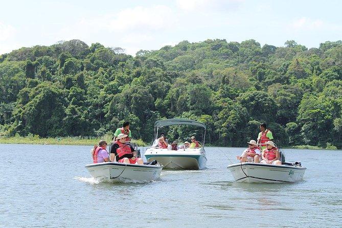 パナマ運河での釣り