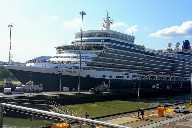 City tour and Panama Canal Visit