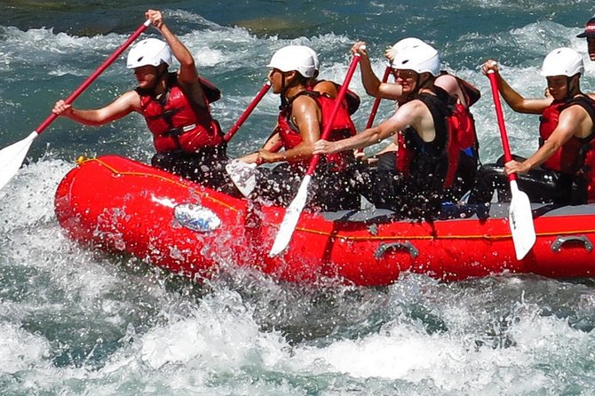 Upper Skagit Introductory Whitewater Rafting Trip photo 3