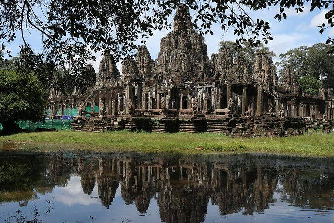 Angkor Wat Three Days Tour, Lunch, and Floating Village By Tuk Tuk