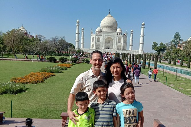 Same day Taj mahal trip with Buffet lunch