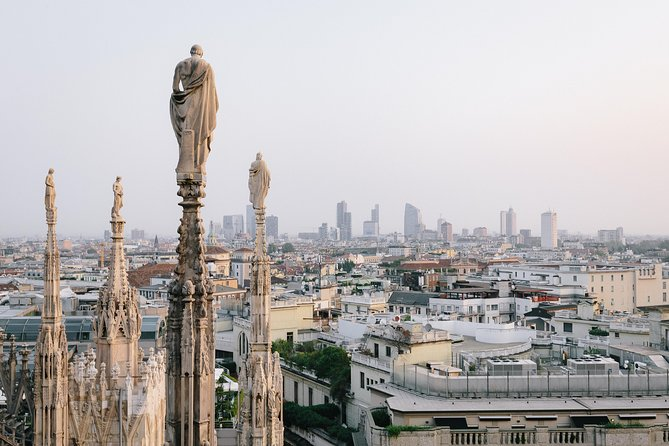 Fast-Track Private Tour: City Centre and Milan Duomo with Rooftop Terraces photo 4