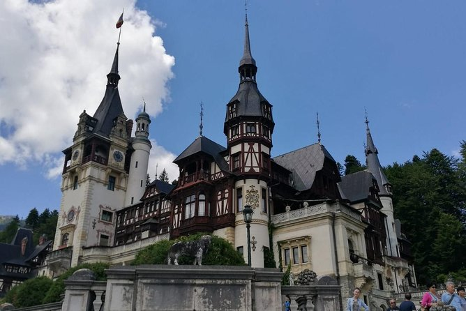 Sinaia and Brasov in one day