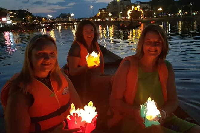 Hoi An Ancient city Walking Tour & Night Market with Lantern Area (Private Tour)