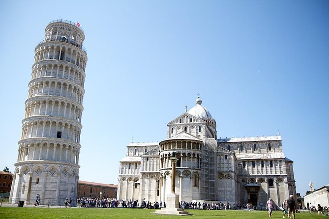 Private Transfer: Fiumicino Airport (FCO) to Pisa or vice versa