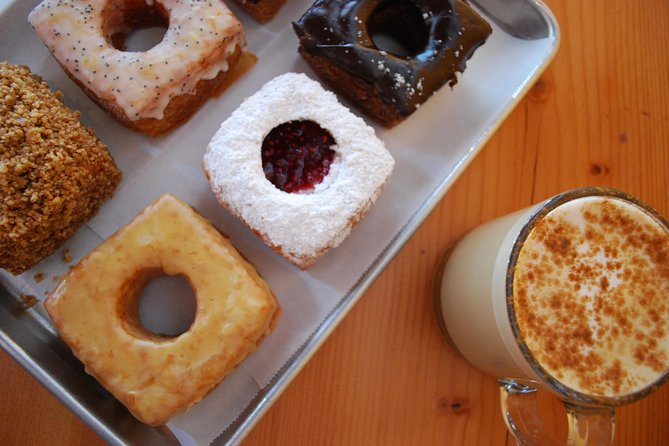 Walking Food Tour in Downtown Portland with Brunch