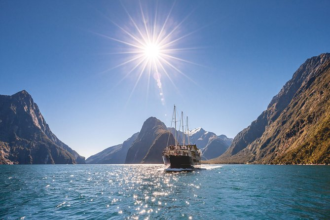 Queenstown Super Saver: Milford Sound Nature Cruise plus Walter Peak High Country Farm Tour photo 6