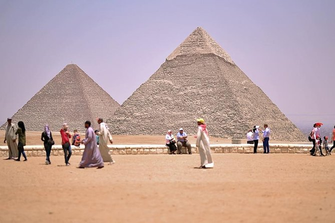 Private Tour to Giza Pyramids,Sphinx,Sakkara,and Memphis
