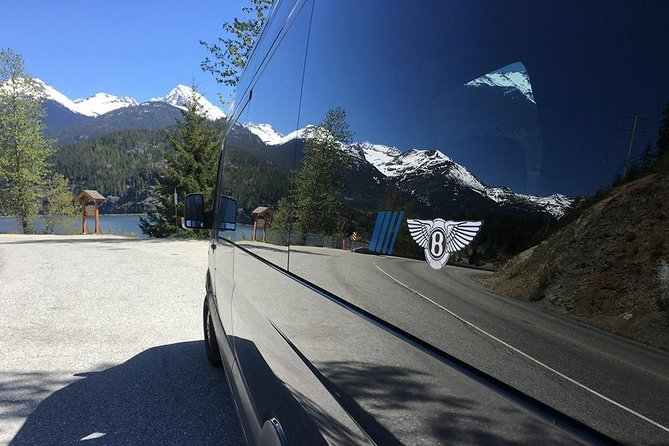 Vancouver-Whistler Private Transfer for Skiing