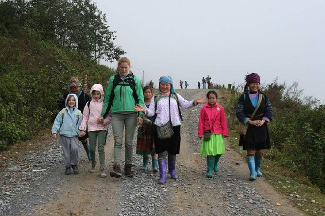 Sapa Trekking Tour with Local full Package by Bus 3N2D photo 1
