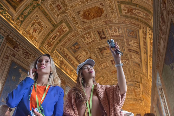 Fast Track - Vatican Museums, Sistine Chapel and St Peter's Basilica Tour