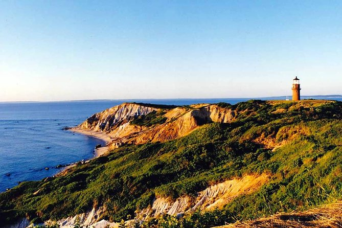 3-Hour Martha's Vineyard Island Tour from Oak Bluffs