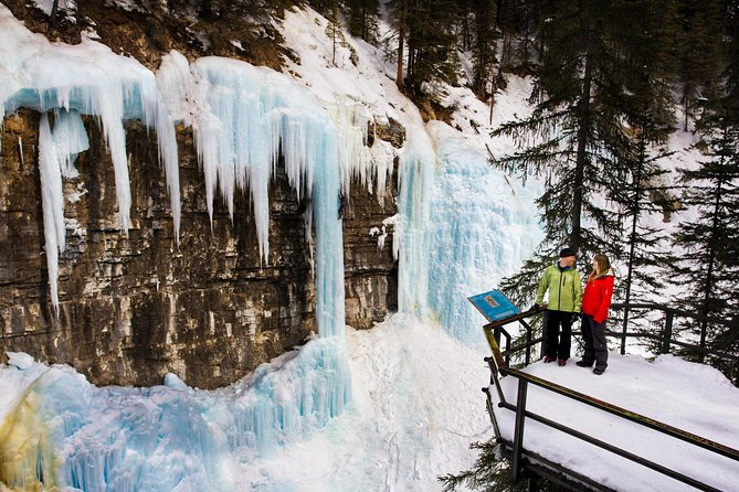 Johnston Canyon Icewalk from Banff